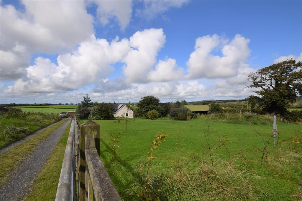 3 Bedrooms Land Commercial for sale in New Moat, Clarbeston Road, Pembrokeshire