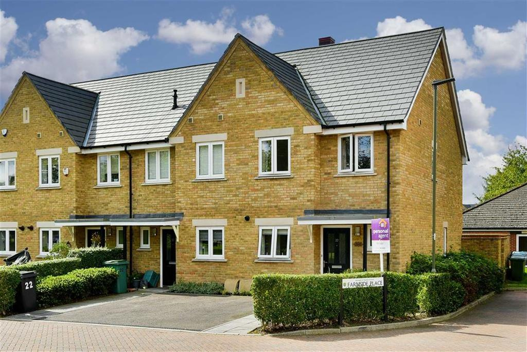 2 Bedrooms End Of Terrace House for sale in Farmside Place, Epsom, Surrey