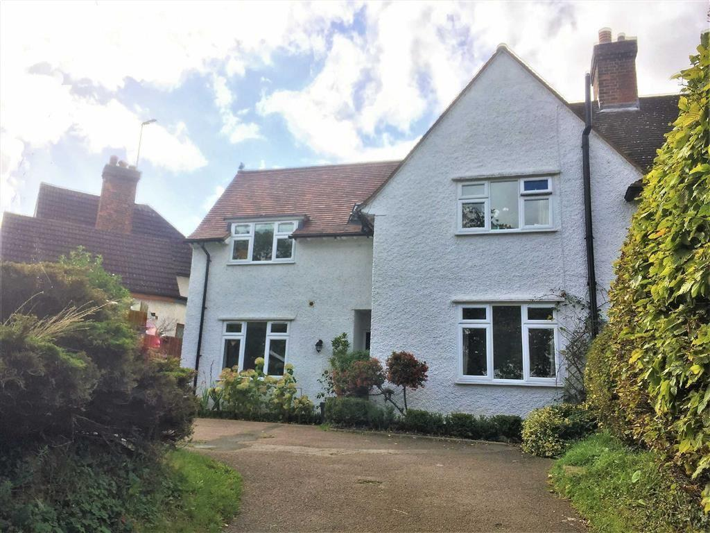 5 Bedrooms Semi Detached House for sale in London Road, St Ippolyts, SG4