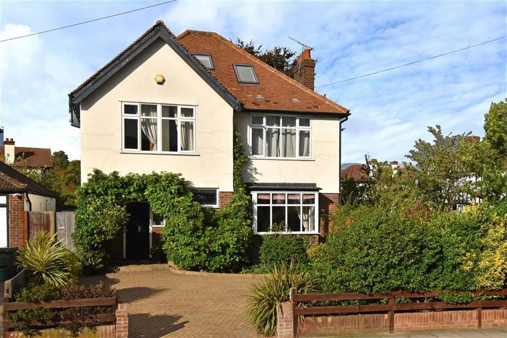 5 Bedrooms Detached House for sale in Rochester Avenue, Bromley, Kent