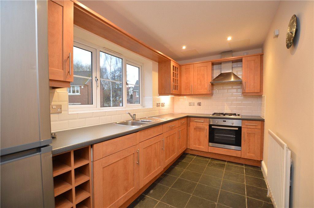 2 Bedrooms Apartment Flat for sale in Chestnut Gardens, Rooms Lane, Morley