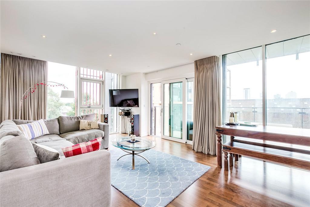 2 Bedrooms Flat for sale in Enterprise Way, Wandsworth, London
