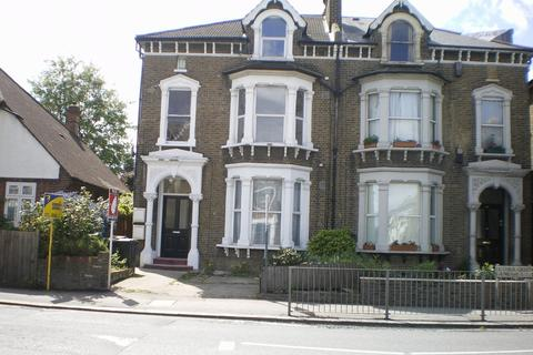 2 bedroom flat to rent - Hither Green Lane, Hither Green, London, SE13 6QA