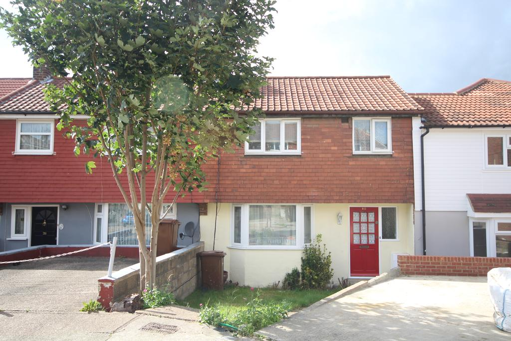 3 Bedrooms Terraced House for sale in Carton Close, ROCHESTER ME1