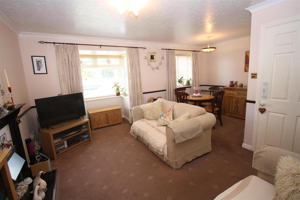 2 Bedrooms Apartment Flat for sale in Redmire Close, Darlington