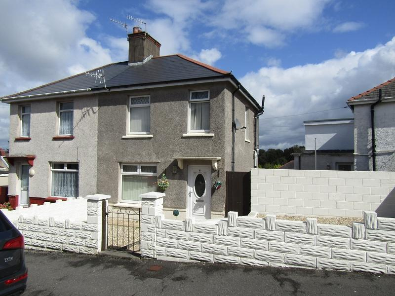 2 Bedrooms Semi Detached House for sale in Addison Road, Neath, Neath Port Talbot.