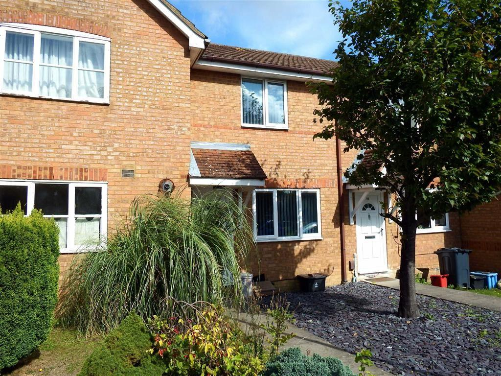 2 Bedrooms Terraced House for sale in Morecambe Close, Stevenage, Hertfordshire, SG1