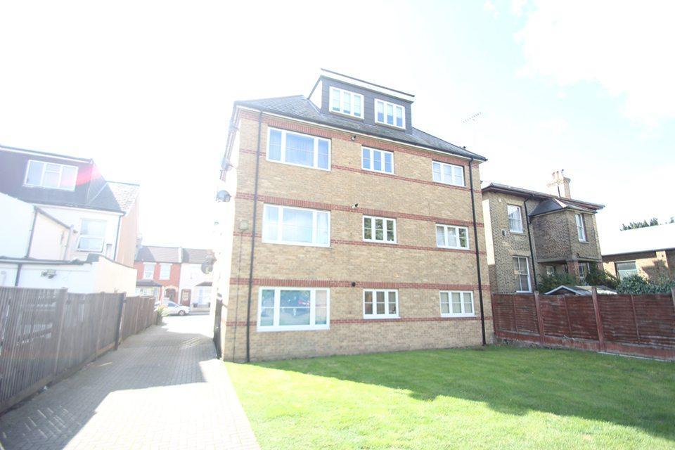 1 Bedroom Flat for sale in Lincoln Road, Ponders End, EN3