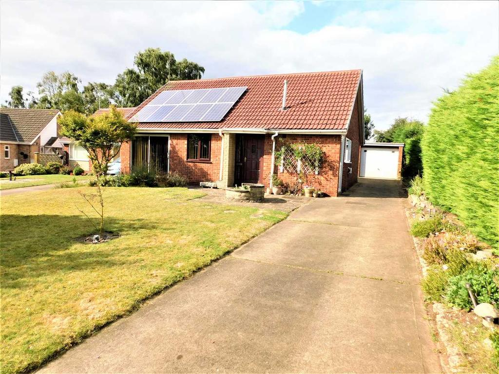 2 Bedrooms Bungalow for sale in CHARLES AVENUE, SCOTTER, GAINSBOROUGH