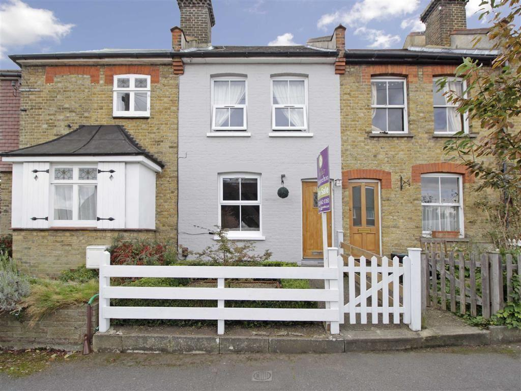 2 Bedrooms Terraced House for sale in Lakes Road, Keston, Kent