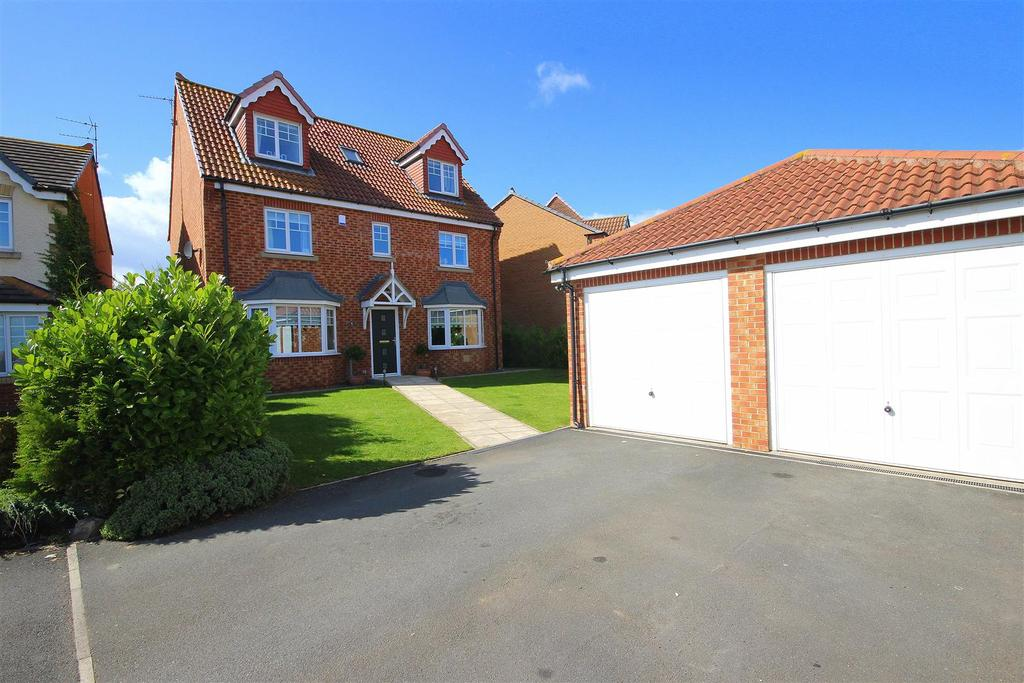 6 Bedrooms Detached House for sale in Lady Mantle Close, Bishop Cuthbert, Hartlepool