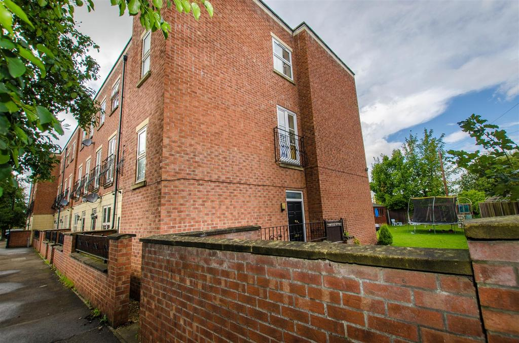 5 Bedrooms House for sale in Redbourne Terrace, Boston