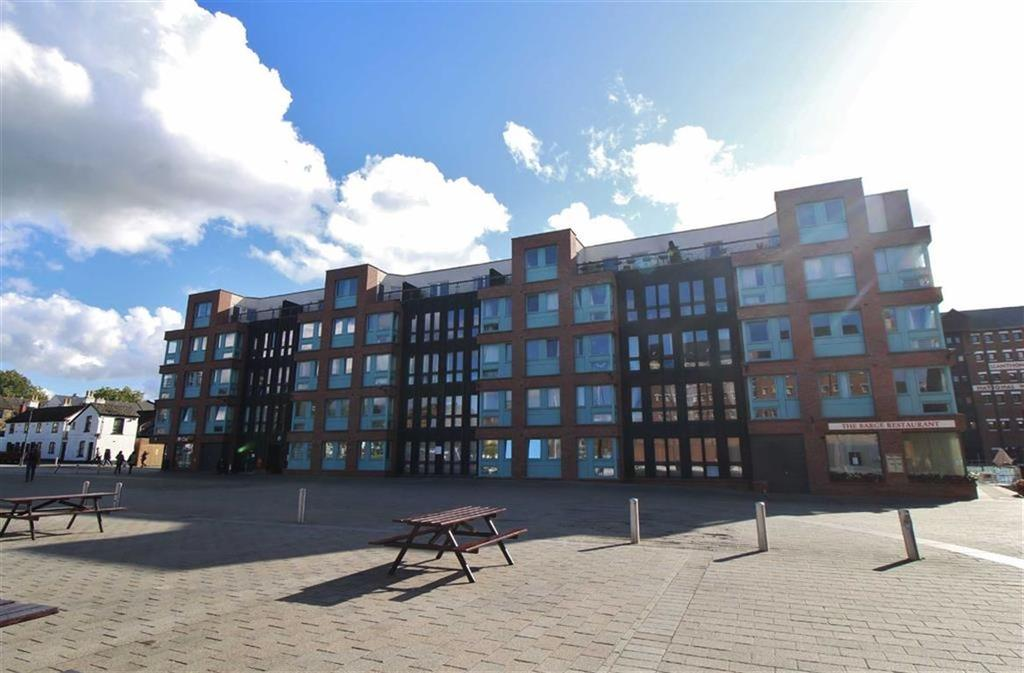 2 Bedrooms Apartment Flat for sale in The Docks, Gloucester