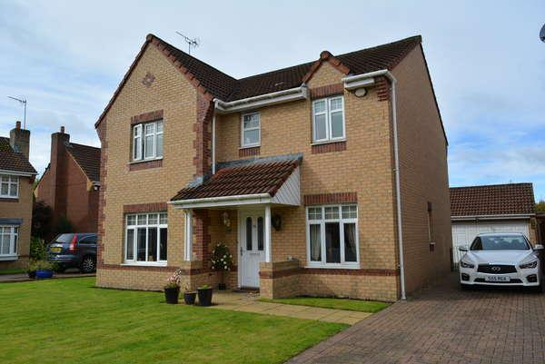 4 Bedrooms Detached House for sale in 16 Golf Drive, Ralston, Paisley, PA1 3LA
