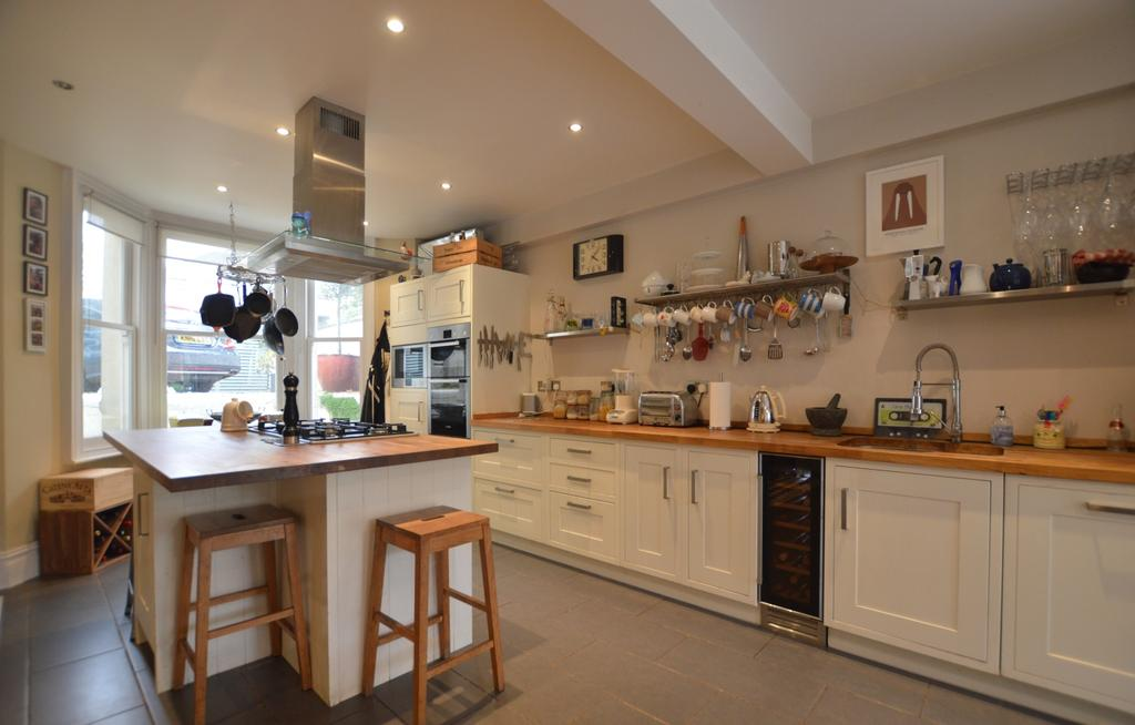 4 Bedrooms Semi Detached House for sale in Rockbourne Road London SE23