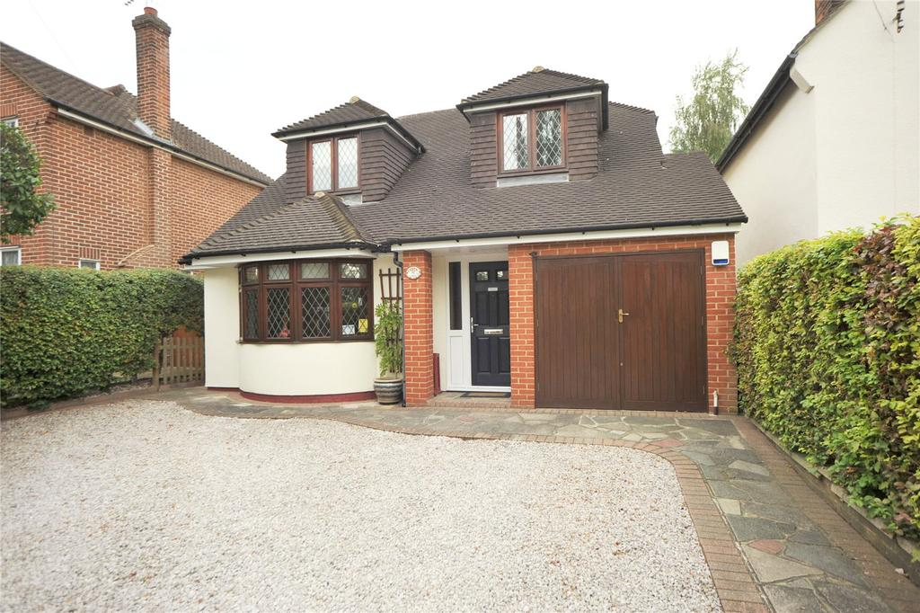 3 Bedrooms Detached House for sale in Sebastian Avenue, Shenfield, Brentwood, Essex, CM15