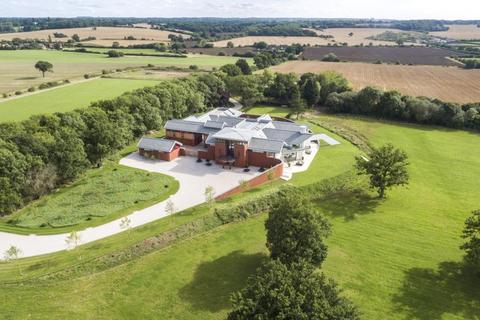 9 bedroom country house for sale - Holyport (Nr Windsor), Berks