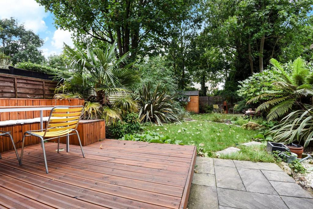 2 Bedrooms Flat for sale in Manor Avenue, Brockley