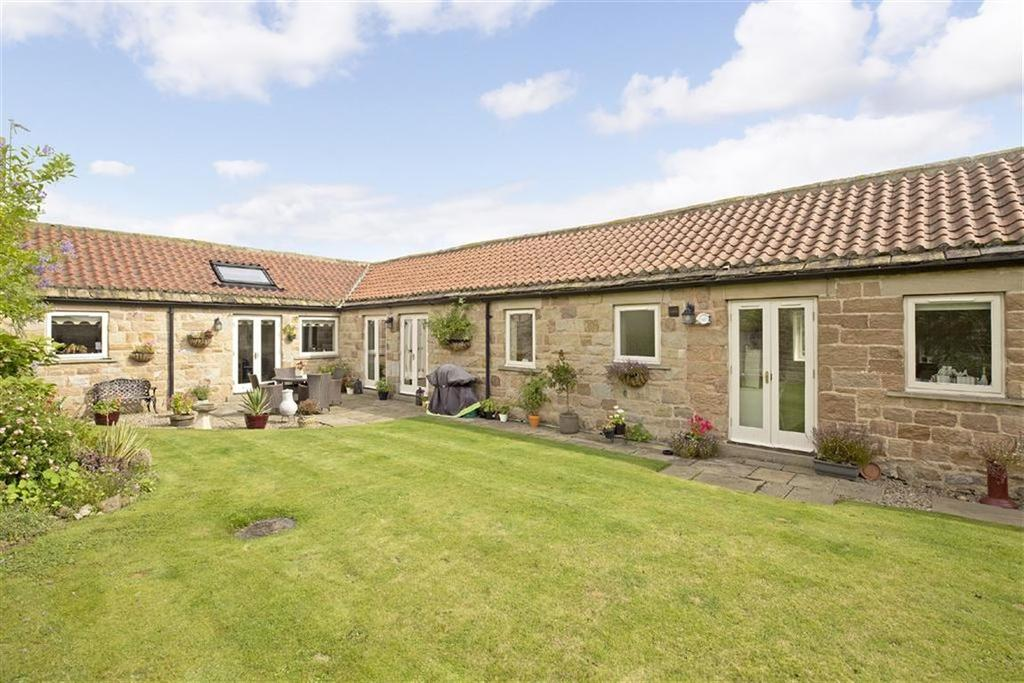 3 Bedrooms Barn Conversion Character Property for sale in Skipton Road, Harrogate, North Yorkshire