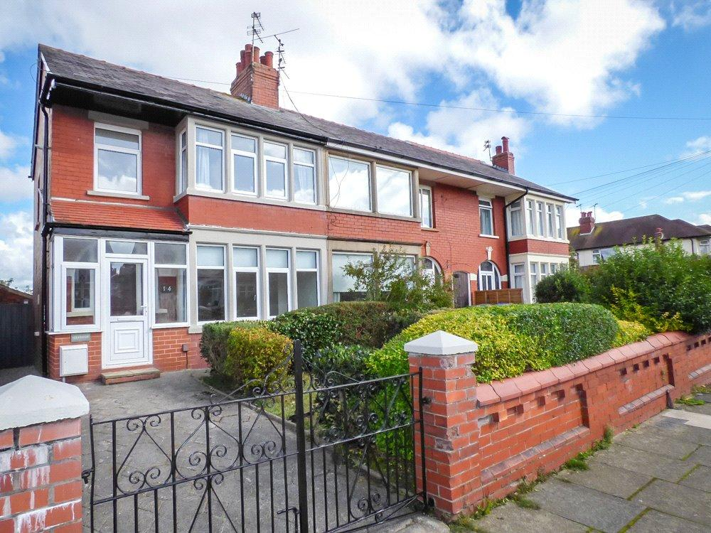 3 Bedrooms End Of Terrace House for sale in Kingscote Drive, Blackpool, Lancashire