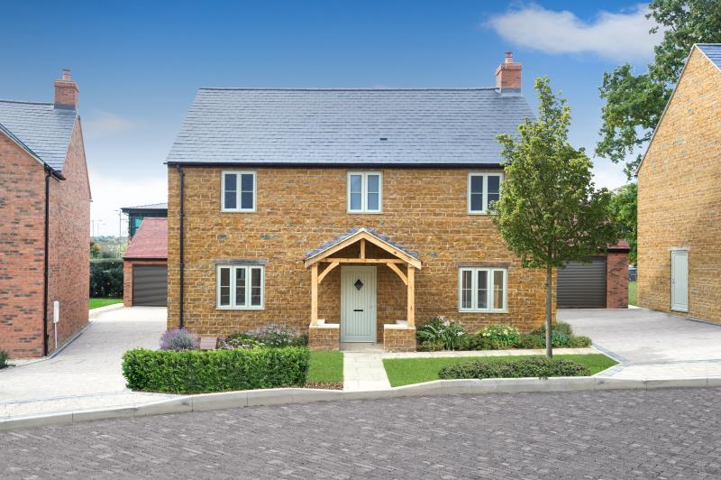 4 Bedrooms Detached House for sale in Plot 3, Noral Way, Banbury, Oxfordshire