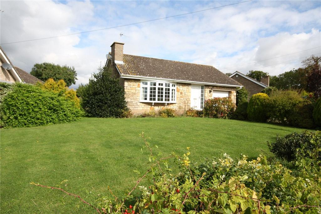 3 Bedrooms Detached Bungalow for sale in Hall Court, Hall Lane, Fiskerton, Lincoln, LN3
