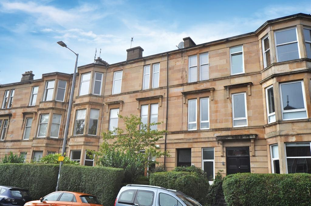 3 Bedrooms Flat for sale in 2/R, 222 Tantallon Road, Shawlands, G41 3JP
