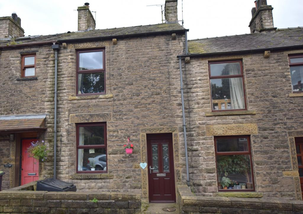 2 Bedrooms Terraced House for sale in 31 Chapel Road, SK23