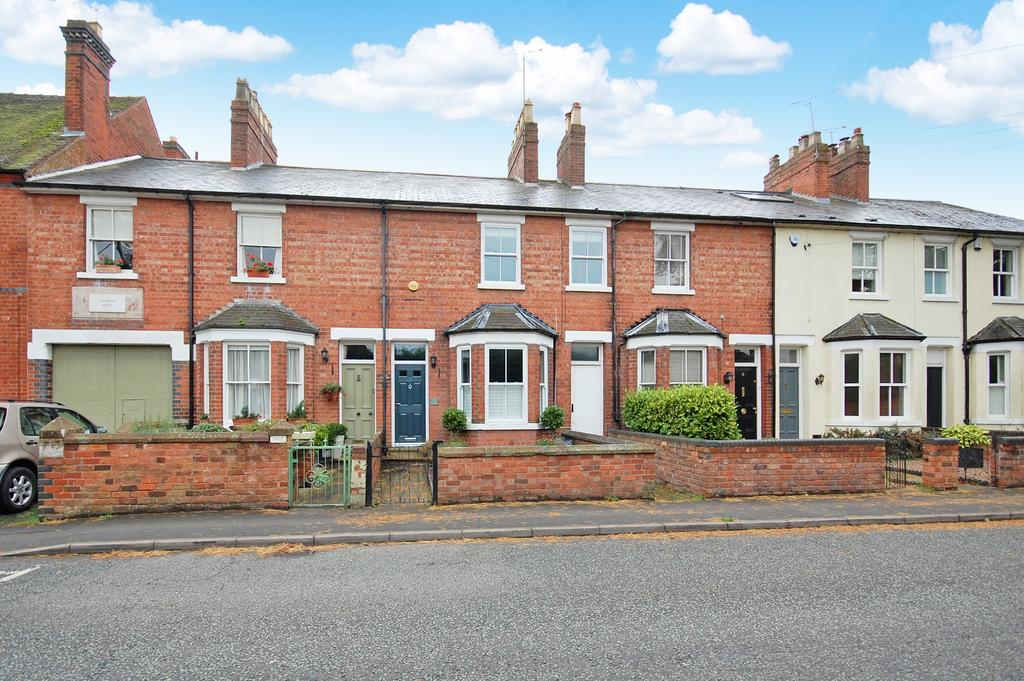 3 Bedrooms Terraced House for sale in Regis Road, Tettenhall, Wolverhampton WV6