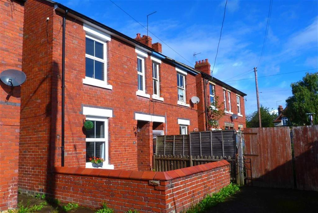 2 Bedrooms Semi Detached House for sale in New Road, Gobowen, Oswestry, SY11