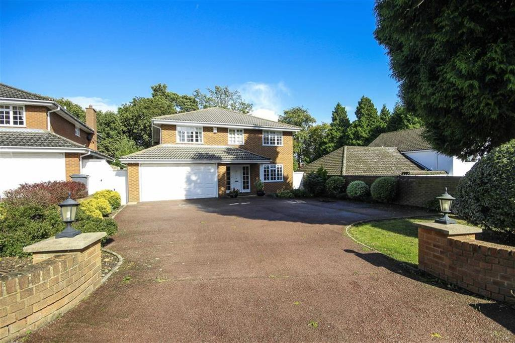 4 Bedrooms Detached House for sale in Barnet Gate Lane, Arkey, Hertfordshire