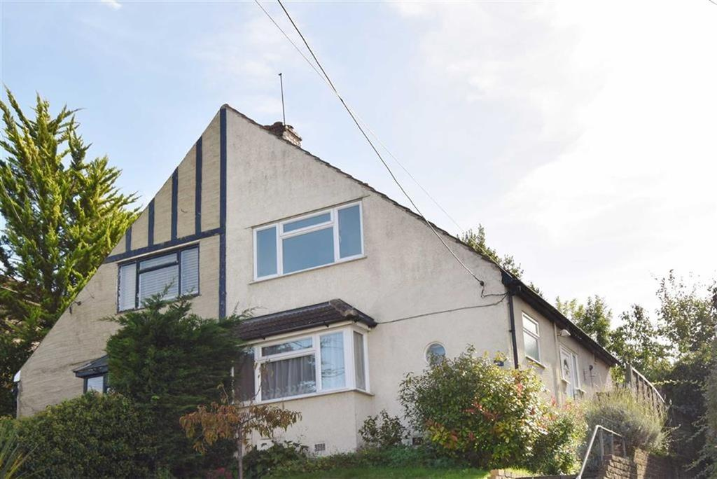 2 Bedrooms Semi Detached House for sale in East Hill, DA4