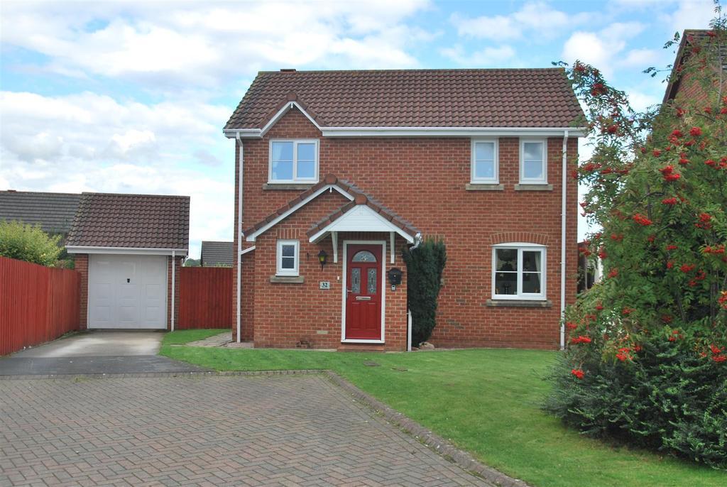 3 Bedrooms Detached House for sale in Watersedge, Frodsham