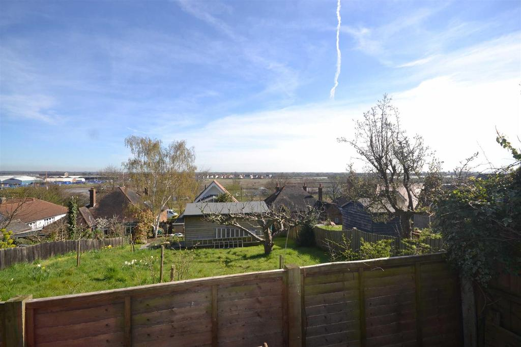 4 Bedrooms Semi Detached House for sale in Victoria Road, Maldon