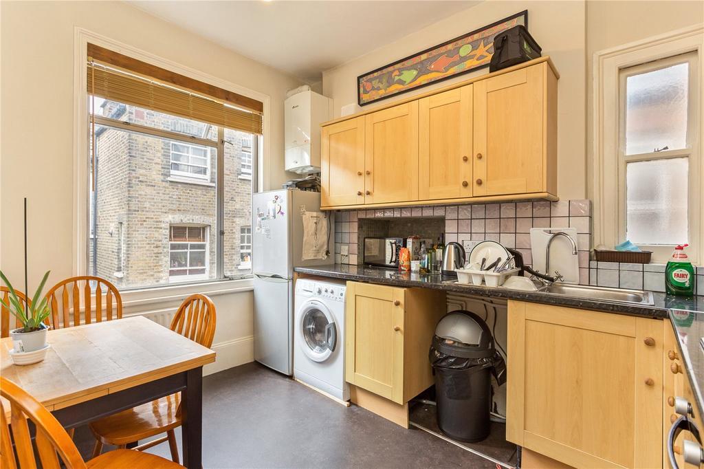 3 Bedrooms Maisonette Flat for sale in Buer Road, Putney Bridge, Fulham, London, SW6