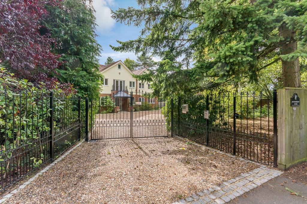 6 Bedrooms Detached House for sale in Woodham