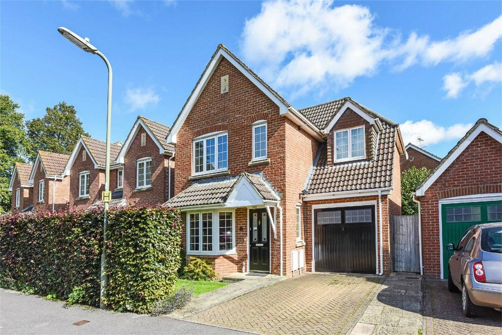 3 Bedrooms Detached House for sale in Shipley Close, ALTON, Hampshire