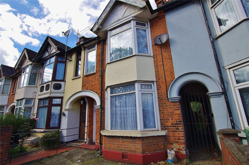 3 Bedrooms Terraced House for sale in Vicarage Road, Watford, Hertfordshire, WD18