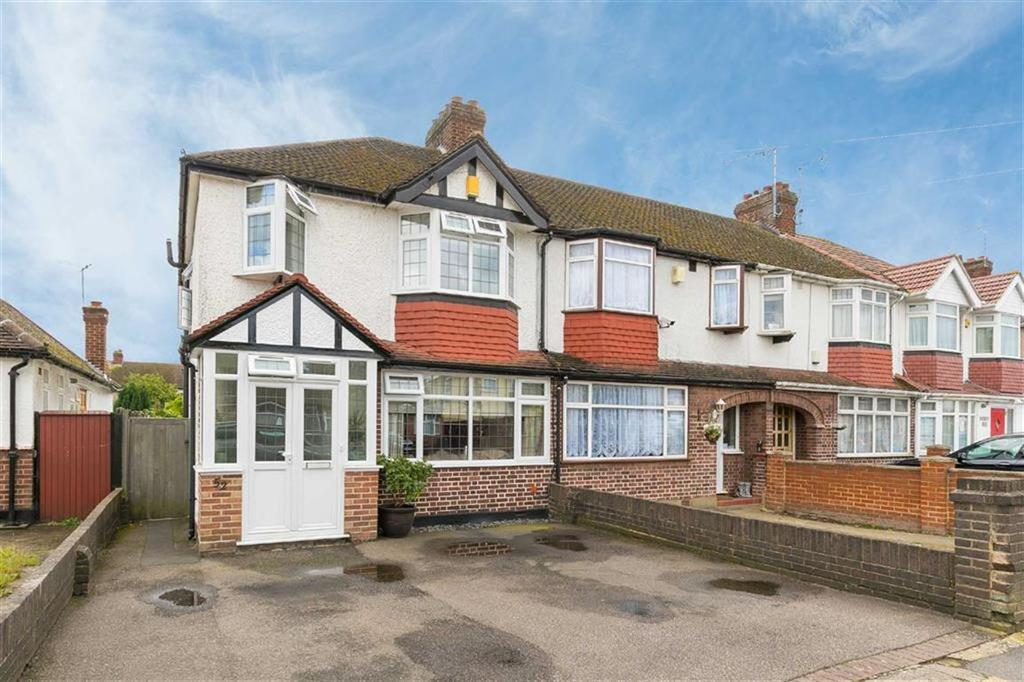 3 Bedrooms End Of Terrace House for sale in Jubilee Drive, South Ruislip, Middlesex
