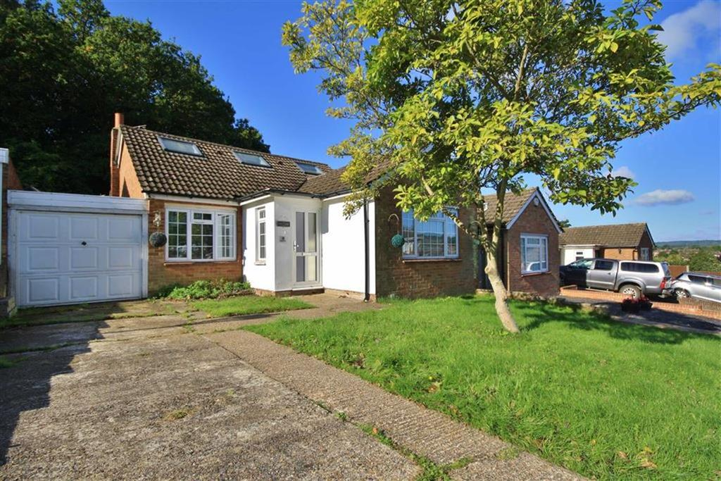 4 Bedrooms Semi Detached Bungalow for sale in Borough Green, Kent