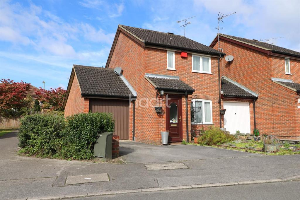4 Bedrooms Detached House for sale in 12 The Pathfinders