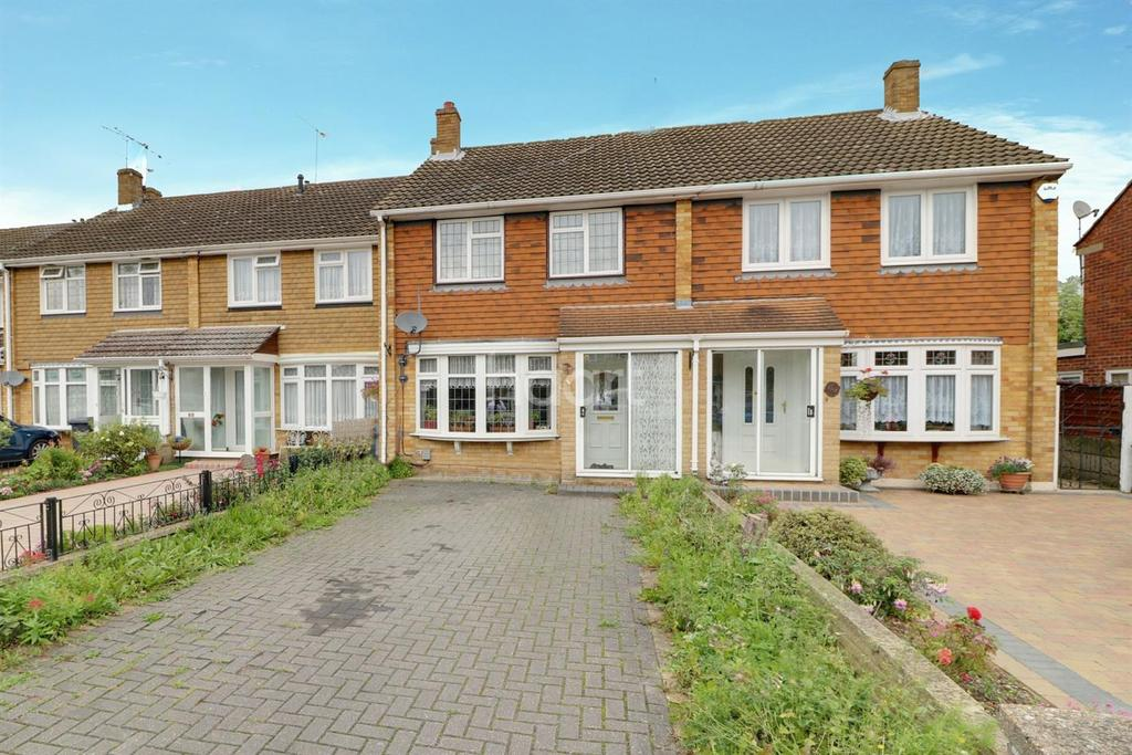3 Bedrooms Terraced House for sale in Berkley Avenue, Waltham cross, EN8