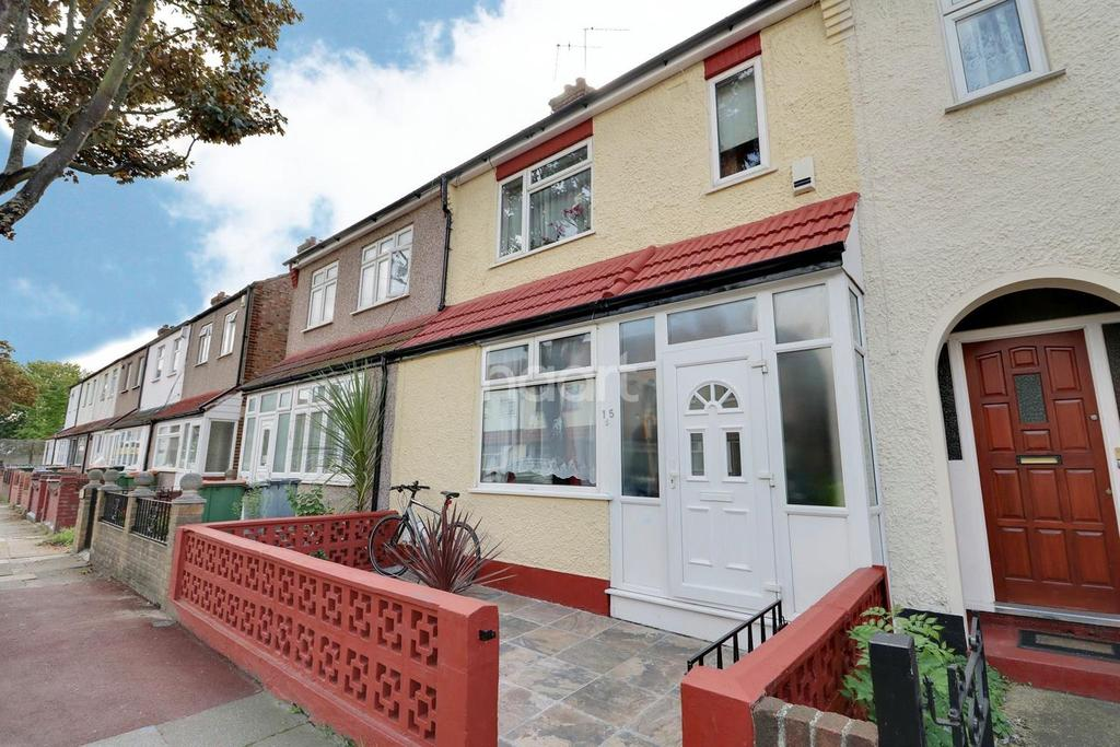 4 Bedrooms Terraced House for sale in Stokes Road, East Ham