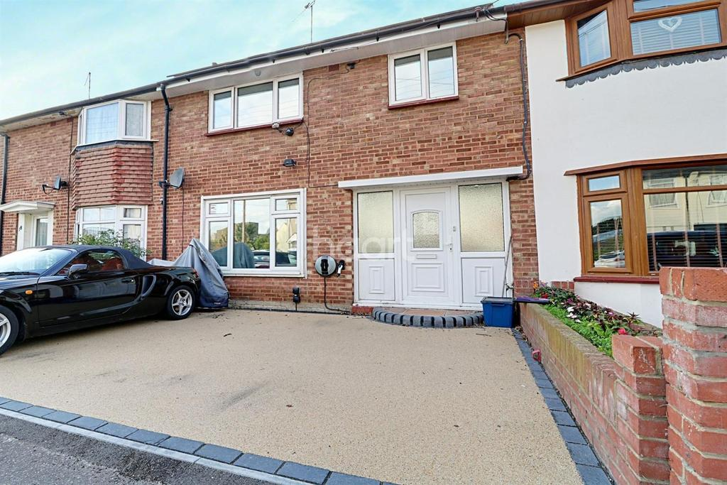 3 Bedrooms Terraced House for sale in Park Avenue, Leigh-On-Sea