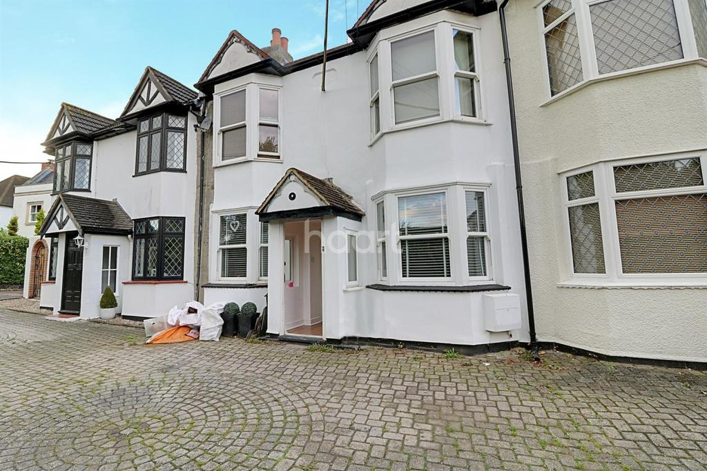 4 Bedrooms Terraced House for sale in Rayleigh Avenue, Leigh-on-sea