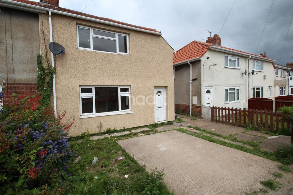 3 Bedrooms Semi Detached House for sale in Myrtle Road, Dunscroft, Doncaster