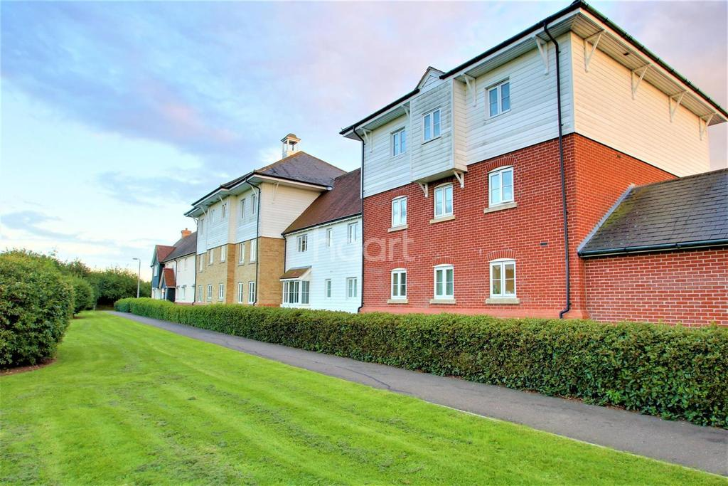 2 Bedrooms Flat for sale in Oxton close, Rowhedge