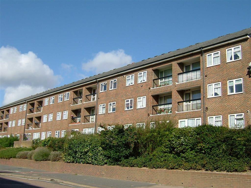 2 Bedrooms Apartment Flat for sale in Stevens Court, Hove, East Sussex
