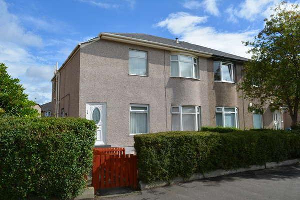 2 Bedrooms Flat for sale in 399 Castlemilk Road, Croftfoot, G44 5PR