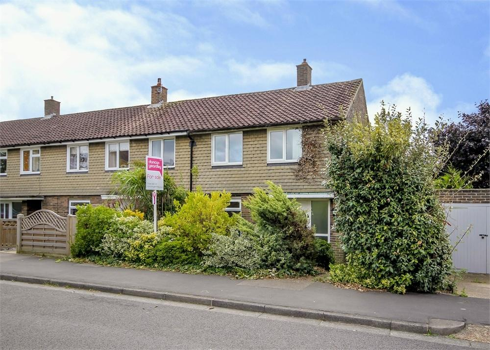2 Bedrooms End Of Terrace House for sale in Bullbrook Drive, Bracknell, Berkshire